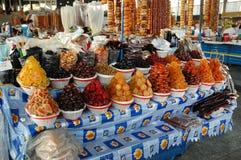 Wysuszone owoc i cukierki w bazarze Yerevan rynek, Armenia Obrazy Stock