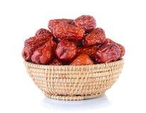 Wysuszonej czerwieni daktylowa lub Chińska jujuba w koszu Fotografia Stock