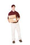 Wysyłać: Uśmiechnięty Doręczeniowy mężczyzna Z pakunkami Zdjęcia Royalty Free