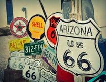 Wysyła 66 dekoracj w mieście Seligman w Arizona Fotografia Royalty Free