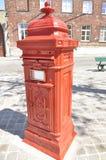 Wysyła pudełko w ulicie Bruges (Belgia) Zdjęcie Royalty Free