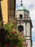 Wyszczególnia dzwonkowy wierza kościół San Giacomo Bellagio Zdjęcia Royalty Free