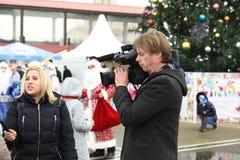 Wywiad z Święty Mikołaj przy świętowaniem nowy rok w Sochi, Rosja, 24 2015 Grudzień Zdjęcia Stock