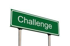 wyzwania zieleni odosobniony drogowy znak Zdjęcia Stock