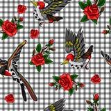 Wzór latającego ptaka i czerwonych róż majchery Zdjęcia Stock