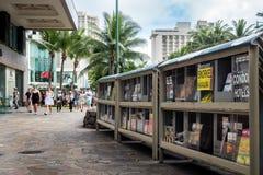 Wzdłuż Kalakaua alei, Honolulu, Hawaje, usa Zdjęcia Stock