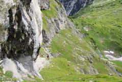 Wzdłuż Strada Sammarchi, trekking ślad który krzyżuje Ma Obrazy Royalty Free