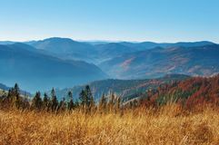 Wzgórza dymiący pasmo górskie Zdjęcia Royalty Free