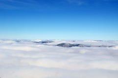 Wzgórza w chmurach Obrazy Royalty Free