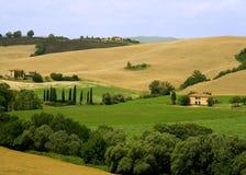 wzgórza zwija Toskanii Zdjęcia Royalty Free
