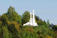 Wzgórze Trzy krzyża w Vilnius widzieć od Gediminas wzgórza Obrazy Royalty Free