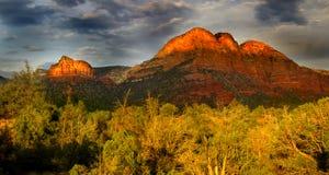 wzgórzy czerwieni skała Zdjęcia Stock