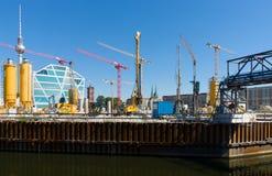 Wznawiać niszczę w drugiej wojny światowa miasta Berlińskim pałac Fotografia Royalty Free