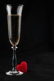 Wznosić toast z szampanem i symbolicznym sercem Obraz Stock