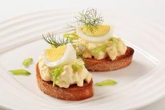 wznoszący toast chlebowy jajeczny rozszerzanie się Obrazy Stock