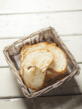 Wznoszący toast chleb w koszu Obraz Royalty Free