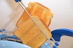 Wznoszący toast chlebowy jedzenie Obrazy Royalty Free