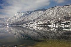 Wzory na jeziorze fotografia stock