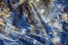 Wzory na lodowej lasowej zatoczce Zdjęcia Stock