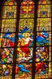Wzrastający Jezusowy witraż Wszystkie święty Kościelny Schlosskirche Witten zdjęcie royalty free