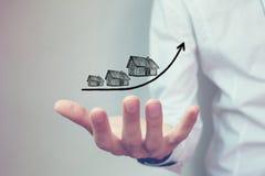 Wzrastający koszt domy, nieruchomości pojęcie obraz stock