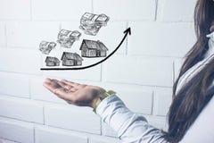 Wzrastający koszt domy, nieruchomości pojęcie obrazy stock