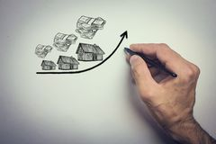 Wzrastający koszt domy, nieruchomości pojęcie zdjęcie royalty free