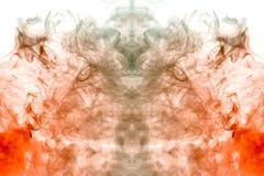 Wzrastający płomienie od klubów przedstawia mistyczną sylwetkę głowa vape szarość dymi na białym tle fotografia royalty free