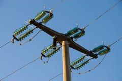 Wzrosta napięcia elektryczności słupa wierza zdjęcie royalty free