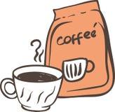 Xícara de café branca e pacote alaranjado Imagens de Stock