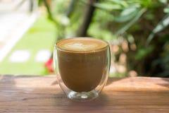 Xícara de café com arte bonita do latte Imagens de Stock