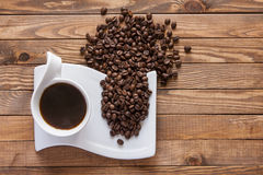 Xícara de café e feijões Fotos de Stock
