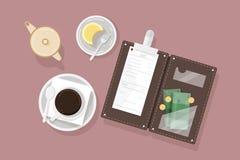 Xícara de café, sobremesa na placa, desnatadeira e suporte de conta aberto com verificação do restaurante e dinheiro do dinheiro, ilustração royalty free