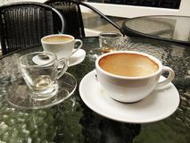 Xícaras de café e chá vazios Foto de Stock Royalty Free