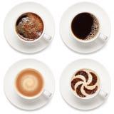 Xícaras de café isoladas no fundo branco imagem de stock