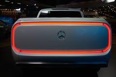 X班奔驰车的概念 免版税库存图片