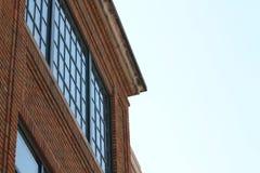 1900& x27 ; détail de toit d'immeuble de brique de s Photo libre de droits
