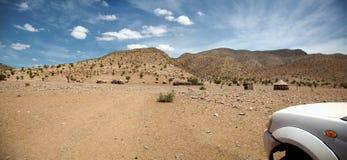 4x4 in der Wüste von Namibia - Kaokoland Lizenzfreies Stockbild