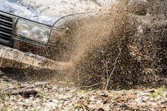 4x4 et boue Photo stock