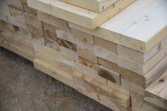 2x4 hout Stock Foto