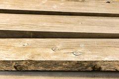 2x4 houten Plankenkorrel Klaar voor de Bouw bij HavenBouwwerf Stock Foto