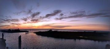 & x22; I tramonti sono prova che qualunque cosa accada, ogni giorno può concludersi meravigliosamente & x22; fotografia stock libera da diritti