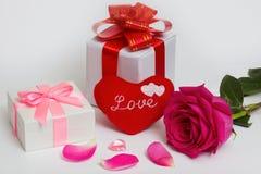 & x22; Love& x22; wiadomość na sercu Obrazy Stock