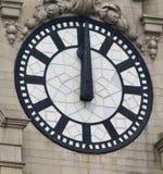 It& x27 ; o& x27 de s douze ; horloge quelque part photos libres de droits