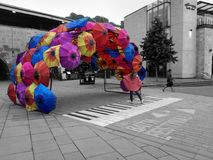 It& x27 ; s pleuvant en couleurs Photo libre de droits