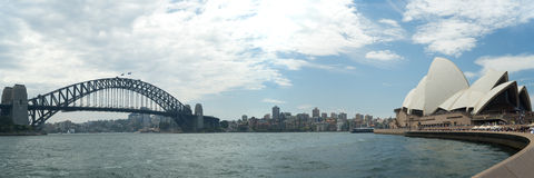 12x36 tum Sydney Harbour Bridge och Sydney Opera House Panorama Arkivbilder