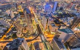 X vista cruzada, aérea del centro de ciudad del negocio de Bangkok Imagen de archivo libre de regalías