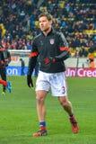 Xabi Alonso przed dopasowaniem FC Shakhtar-FC Bayern UEFA Wstawia się Liga Obrazy Royalty Free