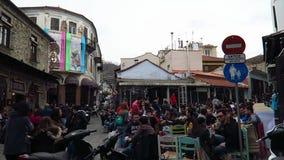 Xanthi, Grecja - 11 Marzec 2016 Dzień przed karnawałową paradą, goście w mieście zdjęcie wideo