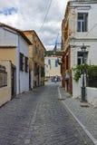 XANTHI GRECJA, WRZESIEŃ, - 23, 2017: Typowa ulica i stary dom w starym miasteczku Xanthi, Grecja Obrazy Royalty Free